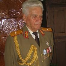 SENIORUL Ilie Savu