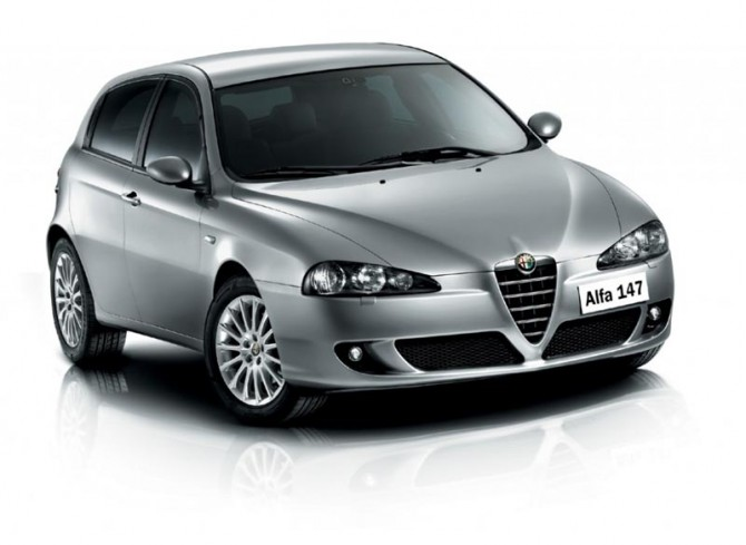 Alfa_Romeo_147_2_670x489.jpg